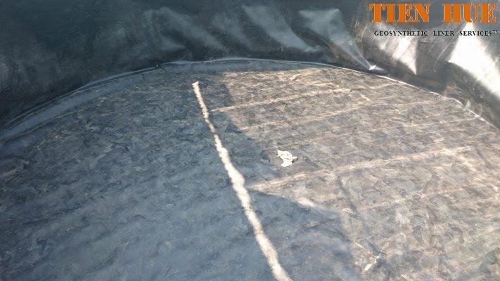 Thi công hồ nổi bằng màng chống thấm HDPE
